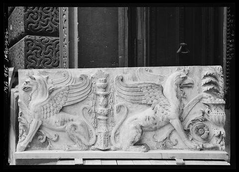 vue d'ensemble © 2016 Musée du Louvre / Antiquités grecques, étrusques et romaines