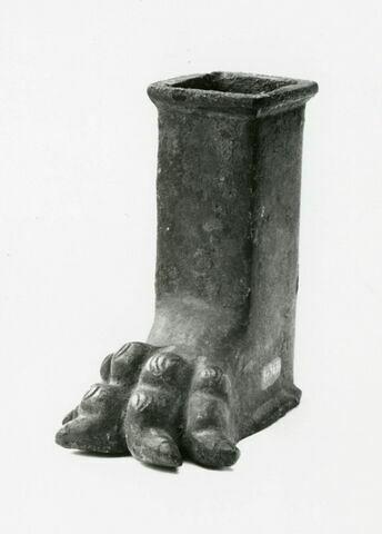 pied de meuble