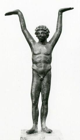 statuette ; support