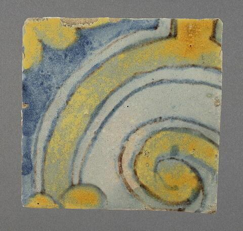 Petit carreau à motif de spirale