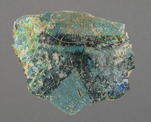 Fragment de paroi de vase (ligne et chevrons)