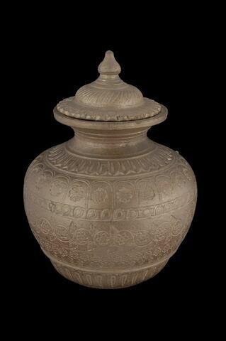 Vase à patine bronze
