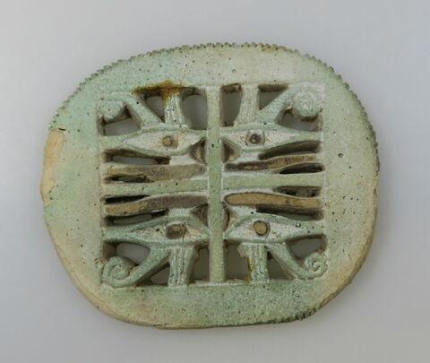 amulette oudjat quadruple ; amulette oudjat circonscrit ajouré
