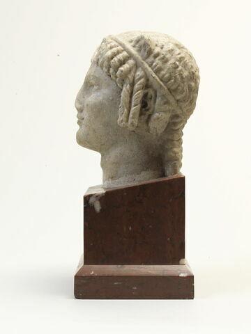 sculpture en ronde bosse ; élément de