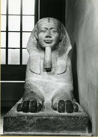 vue d'ensemble ; face, recto, avers, avant © 1979 Musée du Louvre / Maurice et Pierre Chuzeville