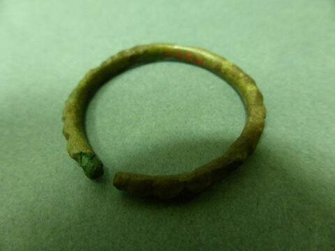 bijou ; anneau ; bracelet