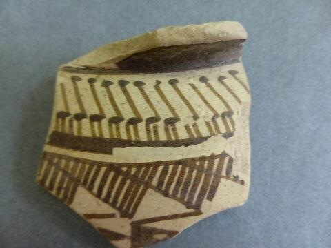 vase ; récipient ; fragment