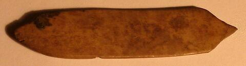 instrument de tissage filature ou couture  ; spatule  ; lissoir