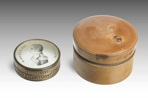 Tabatière avec portrait imprimé de Charles X, avec boîte en bois