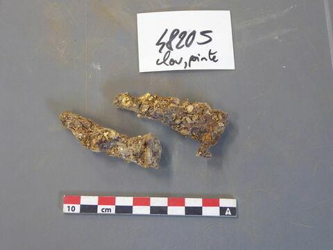 clou, fragment ; tige fragment