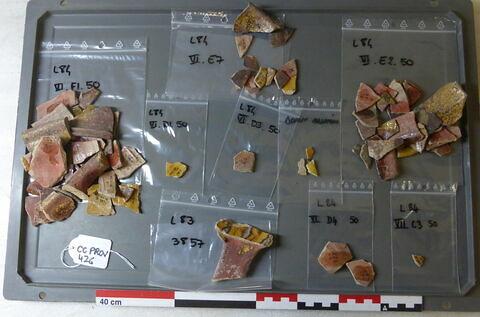 tesson décoré ; vase, récipient, fragment