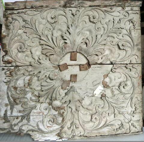 rosace de plafond ; bas-relief