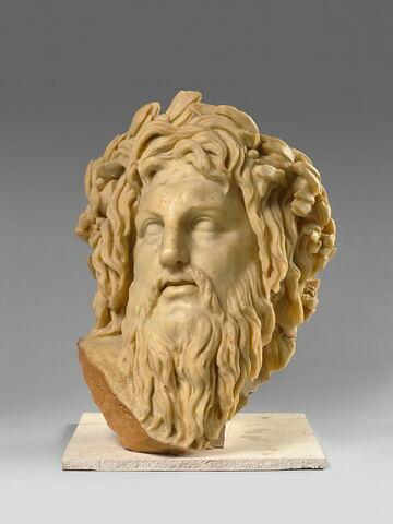 tête ; statue