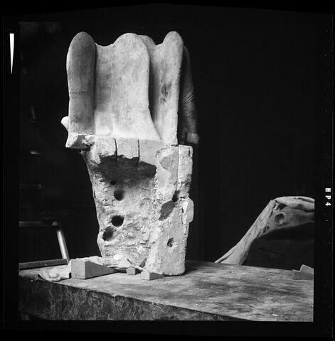 dos, verso, revers, arrière © Musée du Louvre / Antiquités grecques, étrusques et romaines
