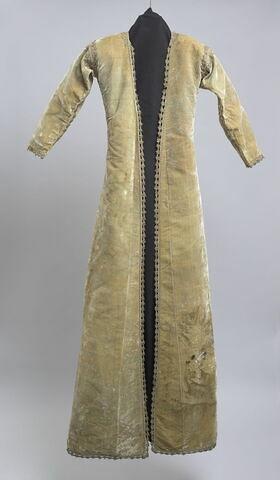 Dessus de robe en velours de soie amande doublé de soie grège