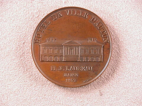 © 2003 Musée du Louvre / Objets d'art du Moyen Age, de la Renaissance et des temps modernes