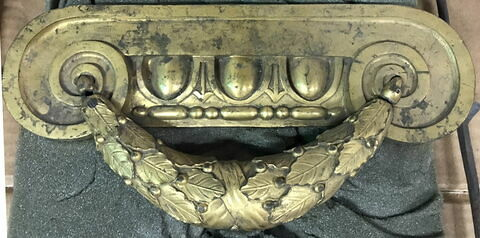 Poignée de meuble en bronze doré