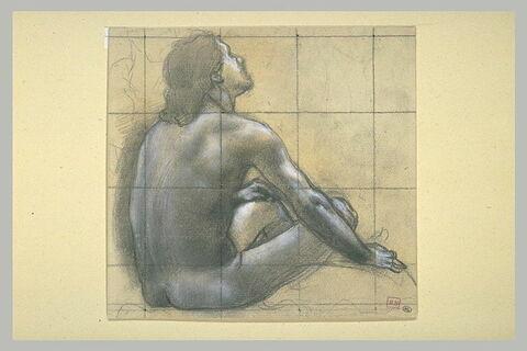 Homme nu, assis, vu de dos, de trois quarts à droite