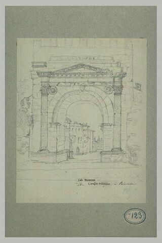 Vue de l'arc de triomphe de Rimini