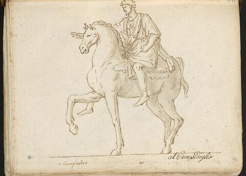 Statue équestre de Marc-Aurèle, vue de trois quarts tournée vers la gauche