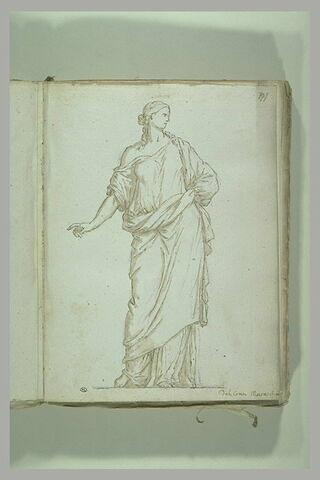 Femme debout, drapée, l'épaule droite découverte et la bras tendu, ...