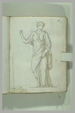 Femme drapée, le bras droit levé