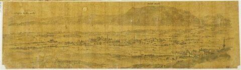 Vues panoramiques des monts près de Corinthe