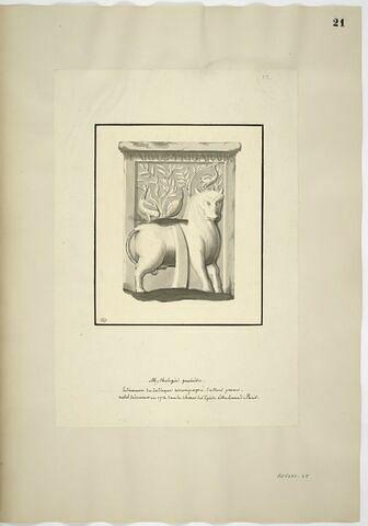 Bas-relief avec le taureau du Zodiaque