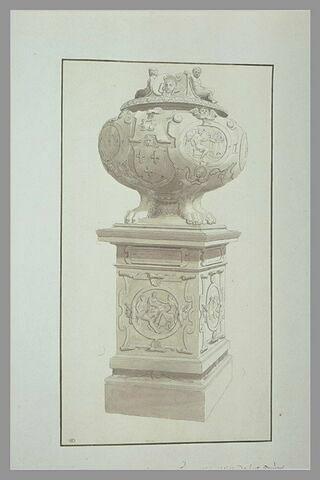 Urne funéraire contenant le coeur de François Ier
