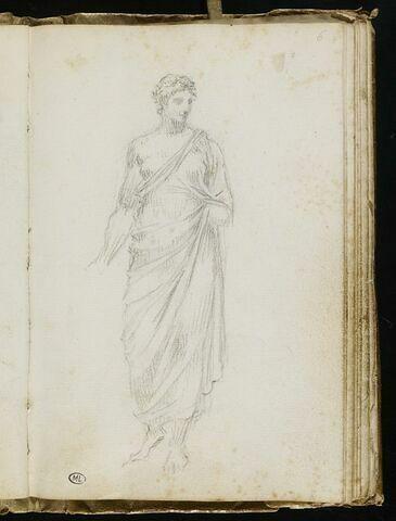 Statue de femme drapée, de face