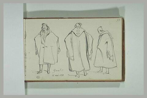 Trois études d'un grec portant une cape
