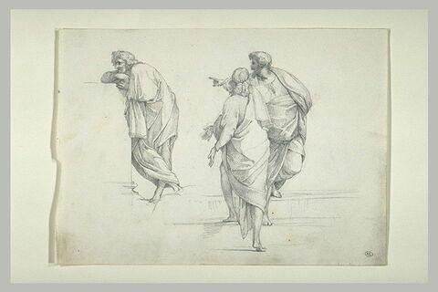 Trois hommes drapés debout