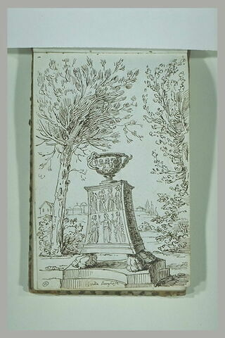 Vase sur un piédestal sculpté, dans les jardins de la villa Borghèse