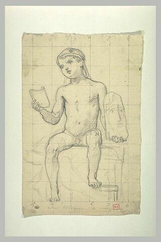Jeune garçon, assis, tenant un papyrus déroulé et un masque de théâtre