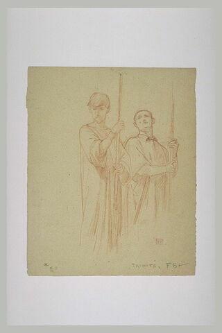 Deux hommes debout, tenant des hampes