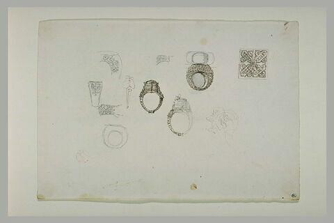 Etudes de bagues ciselées et filigranées, et entrelacs dans un carré
