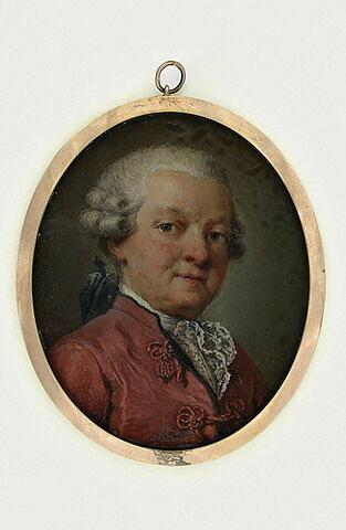 Portrait d'homme portant une perruque et un habit carmin
