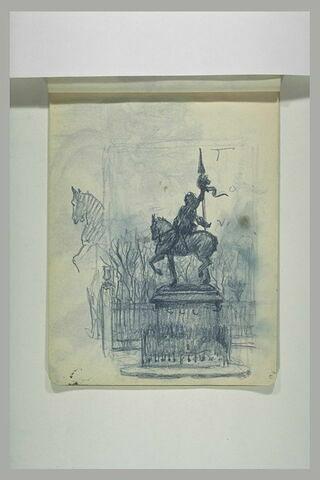 Vue de la statue de Jeanne d'Arc, place des Pyramides