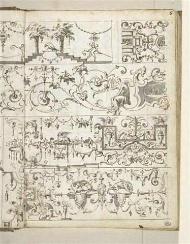 Croquis décoratif : arabesques, guirlandes, grotesques