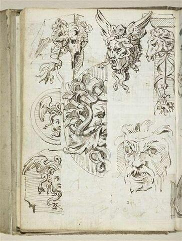 Croquis décoratif : guirlandes, bucranes, tête de Méduse, mascarons