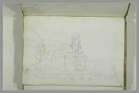 Statue équestre royale sur la place Louis XV