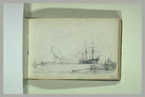 Bateaux dans la baie de Naples