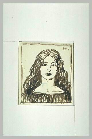 Jeune fille vue en buste, cheveux longs sur les épaules