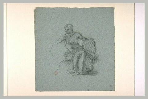 Etude d'une femme assise, la poitrine nue, le reste du corps drapé