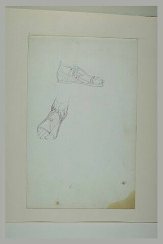 Deux études de pieds chaussés de sandales antiques