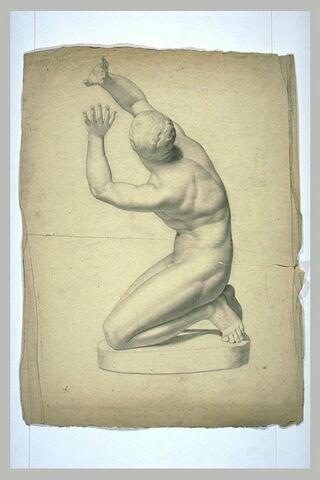 Niobide agenouillé, bras levés en geste de supplication