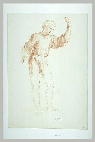 Jeune homme debout, de trois quarts vers la droite