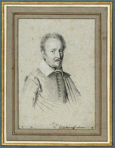 Portrait d'homme vu en buste : cheveux courts relevés, barbe pointue