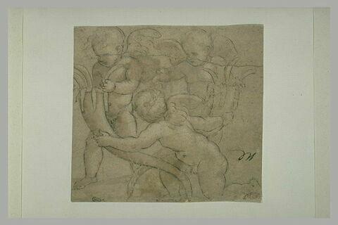 Trois enfants nus, ailés, tenant deux cornes d'abondance