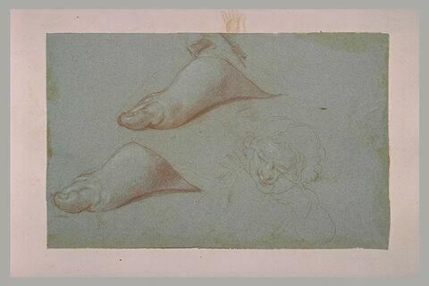 Deux pieds à moitié couverts d'une draperie, et enfant riant